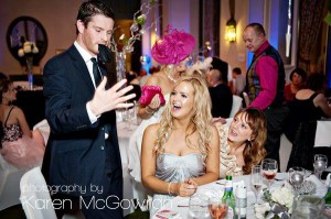 paul-lytton-magician-perfoming-at-wedding